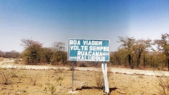La traversata dell'Angola in bici: la gente, le vite, il diario di Perla in Africa