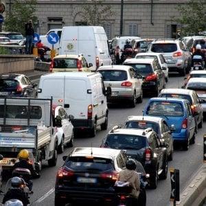 Firenze: incidenti e perdite d'olio, il traffico nel caos