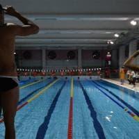 Scandalo piscine: più della metà riempite con acqua potabile
