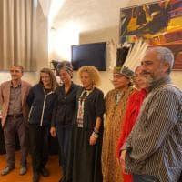 Firenze raccoglie il grido d'allarme dell'Amazzonia: a Palazzo Vecchio il capo tribù Huni Kuin