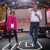 """Leopolda, sold out anche il secondo giorno, Renzi: """"Il tempo delle tessere è finito"""""""