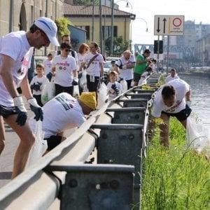 """Correre raccogliendo rifiuti: al via a Firenze la raccolta fondi per sostenere il """"plogging"""""""