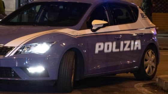 Firenze, aggressione davanti alla stazione di Santa Maria Novella: ferito diciannovenne