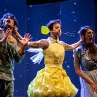 Peter Pan in scena a Cascina con videomapping