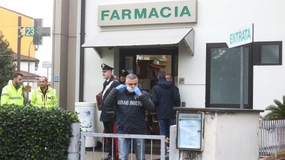 Neonata trovata morta in una borsa vicino a una farmacia nel Fiorentino
