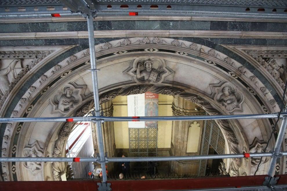 Firenze, visite guidate al cantiere di restauro della loggia del Bigallo