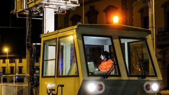 Firenze, lavori sulla linea elettrica della tramvia: stop alle corse dalle 22