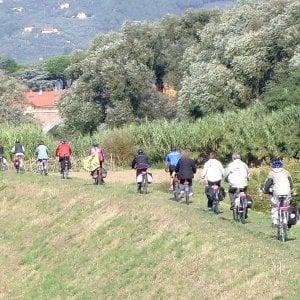 Firenze, nuova pavimentazione sulle ciclopiste dell'Arno
