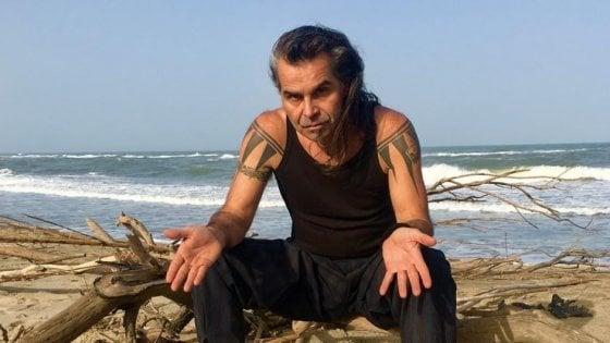 Orbetello, il 4 gennaio tutti a pulire la spiaggia della Feniglia con Piero Pelù