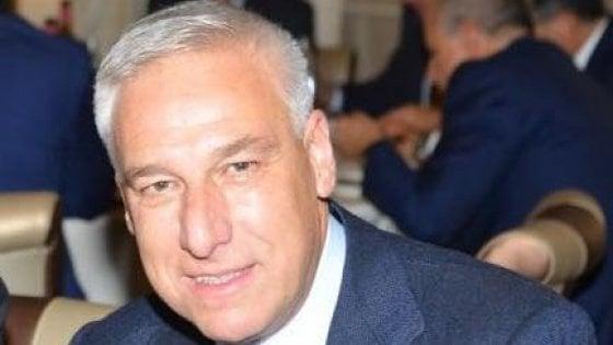 Minacce di morte via social al sindaco di Viareggio