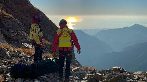 Massa, chi erano i due escursionisti morti precipitando per oltre 50 metri dalle Apuane