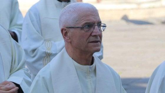 Prato, nove religiosi indagati per abusi su minori