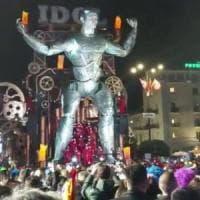 Viareggio, il carnevale di notte incassa mezzo milione
