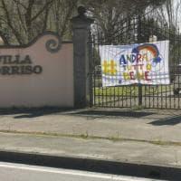 Toscana coronavirus, Pontedera, lo striscione dei nonni nella Rsa: #Andràtuttobene