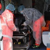Positiva al coronavirus affitta l'ambulanza e da Bergamo va in ospedale