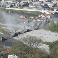 Crolla un ponte in provincia di Massa, ad Aulla: un ferito