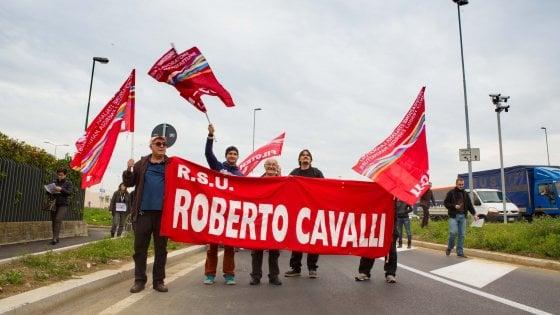 Roberto Cavalli, addio a Firenze: 170 dipendenti trasferiti a Milano