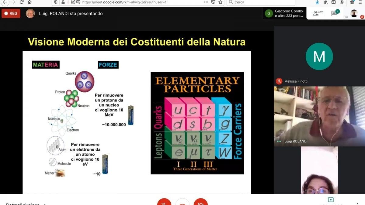 Pisa, il prof in affitto è un successo: quasi centomila studenti in classe a distanza coi docenti della Normale
