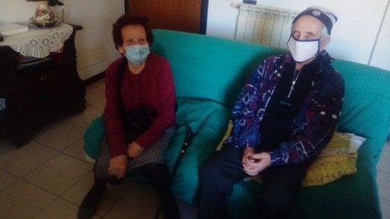 """Siena coronavirus, Lidia e Armando che emozione rivedersi: """"Mai stati tanto separati"""""""