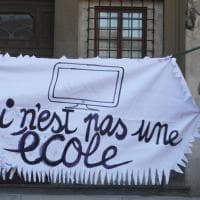Firenze, la manifestazione per la scuola in piazza Santissima Annunziata
