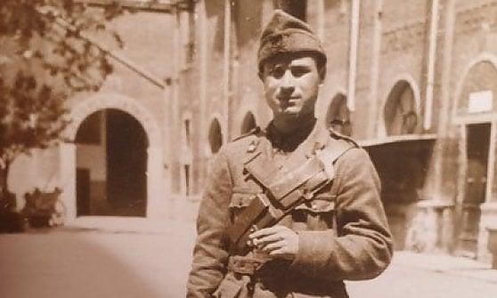Firenze, dopo 77 anni reduce torna nella caserma dove lo avevano rinchiuso i tedeschi