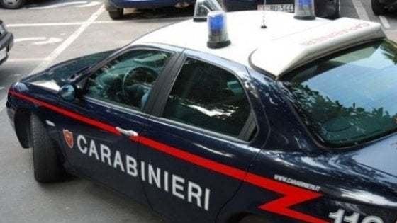 Grosseto: un uomo morto trovato in casa, la moglie ferita gravemente