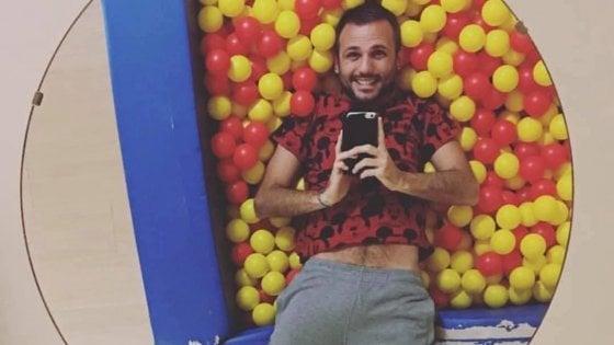 """Marco racconta su Facebook la volta che di lui hanno detto: """"I gay non possono fare gli educatori"""""""
