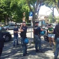 Firenze, in piazza Bartali tensioni tra il banco della Lega e il Cpa