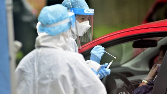 Coronavirus, contro la ripresa dei contagi nuova ordinanza di Rossi