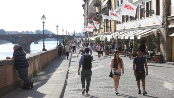 """Firenze, Lungarno ai pedoni, i dubbi dell'Oltrarno: """"Qui da noi ci sarà il caos"""""""