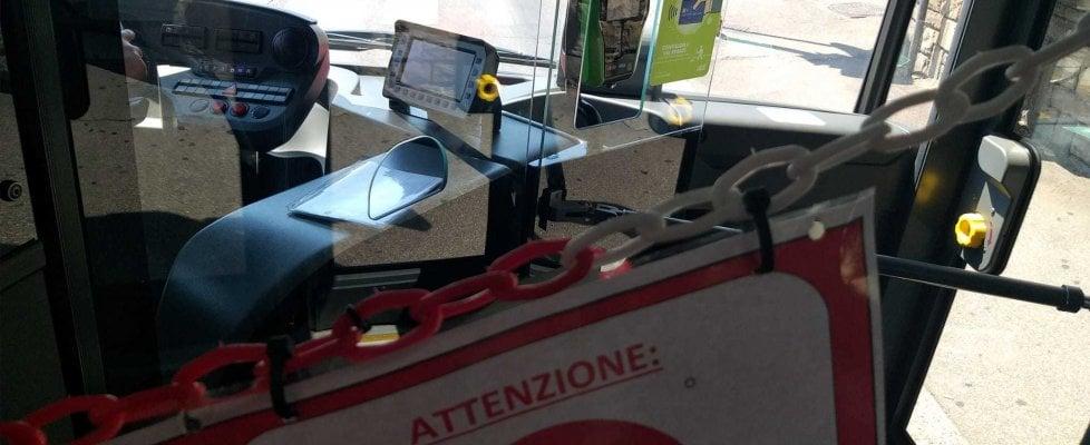 Firenze, impossibile pagare con la carta di credito il biglietto sul bus: ecco perché