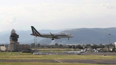 Toscana, aeroporti in crisi, in pochi viaggiano nei cieli