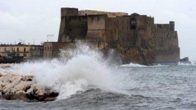 Livorno, tromba d'aria travolge Rosignano, ci sono otto feriti