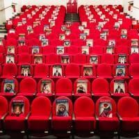 Il teatro di Rifredi a Firenze è pronto a ricominciare: vietato sedersi sugli animali