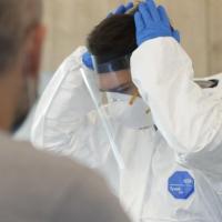 Covid: sfondato il tetto dei duemila contagi in 24 ore, la Toscana a +2171