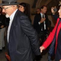 Reati fiscali, chiesto il rinvio a giudizio per i genitori e la sorella di Renzi