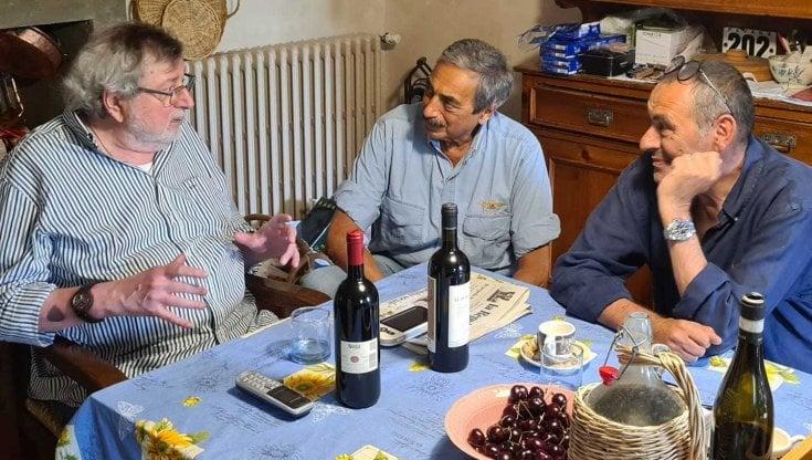 Da Ronaldo allAvvelenata, metti una sera a cena il mister Sarri e il Maestro Guccini