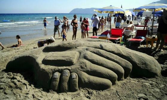 Pioggia e poca sabbia slitta la gara dei castelli sulla for Setacciavano la sabbia dei fiumi