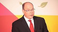 Alberto di Monaco, laurea honoris causa in via Balbi (con polemiche)