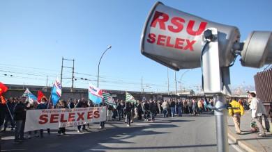 Selex, in mille contro i tagli di Moretti   foto