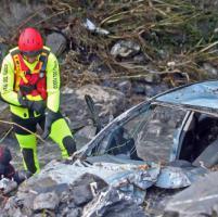 Maltempo, Delrio: 'Pronti i soldi per le opere'. Isolate 320 persone, 147 famiglie sfollate. Crolla muraglione in via Trento