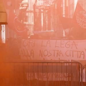 """I centri sociali contro Salvini: """"Lega fascista"""". Lui: """"Questa non è democrazia"""""""
