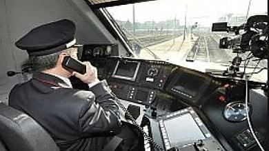 """""""Sul treno sempre due macchinisti"""".  Il giudice boccia il licenziamento"""