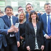 """Paita, colloquio con Lotti e l'annuncio: """"Col sostegno del Pd vado avanti"""". Renzi..."""