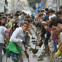 Alluvione in Liguria, telefonini spenti sotto il diluvio: il giallo dell'allerta