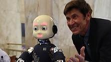 """iCub, il robottino """"genovese"""", e l'incontro con Gianni Morandi"""