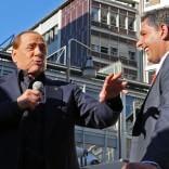 """Berlusconi a Genova:  """"Non andare a votare  è quasi reato""""    Foto"""