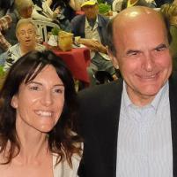 Bersani: 'Per essere ascoltati bisogna esserci, per Lella il voto di tutti'