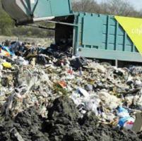 La crisi si allunga  sino alla spazzatura. Calano anche i rifiuti