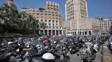 Piazza Dante, si cambia: palme e panchine al posto dei parcheggi, arriva il silos